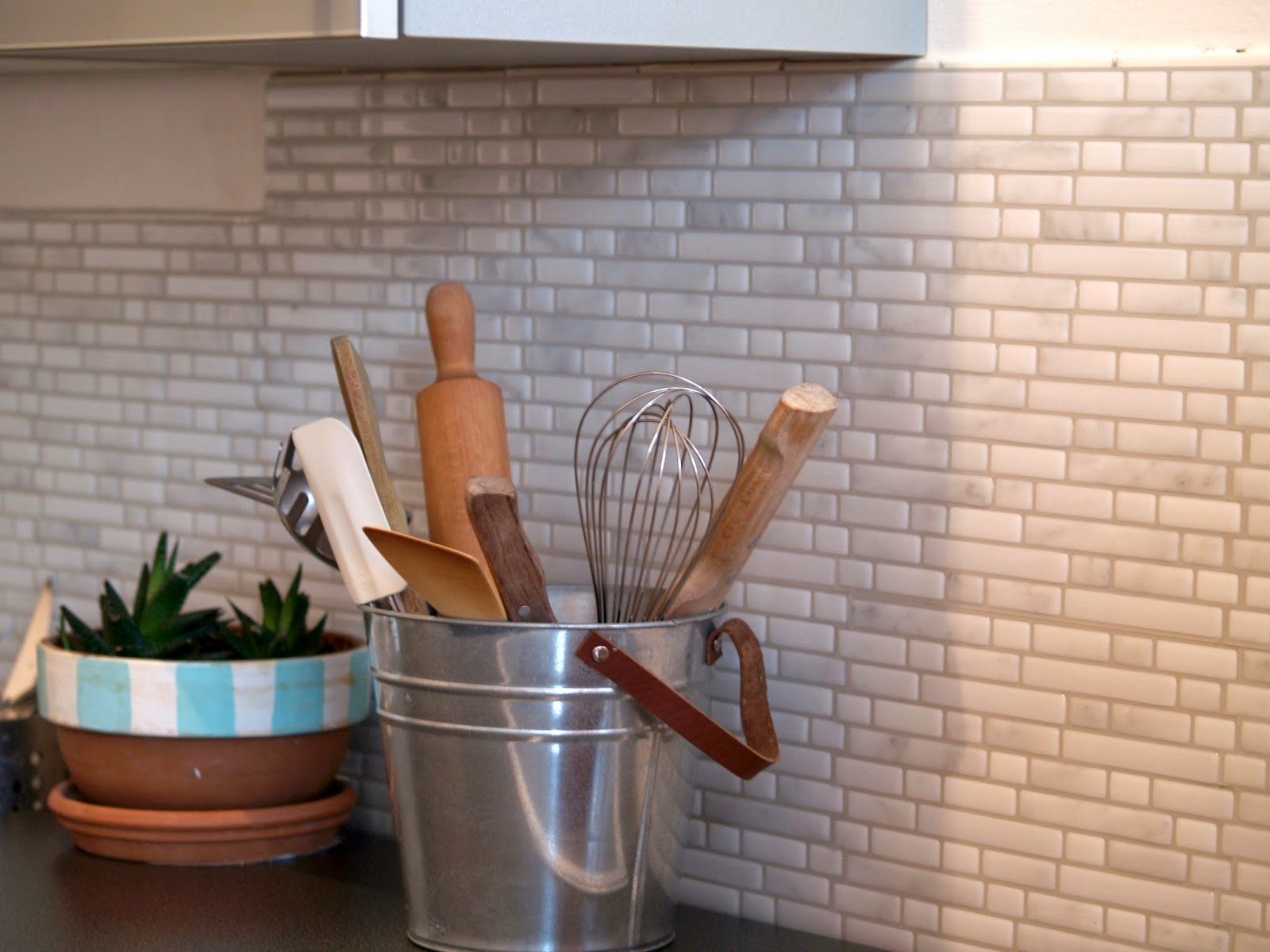 Rinnovare casa con le piastrelle adesive