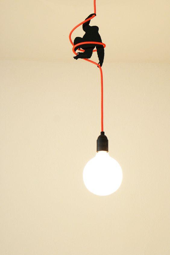 trasformare i cavi elettrici in piccole opere d'arte
