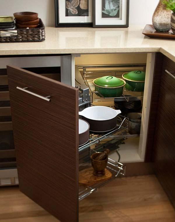 Guadagnare spazio in cucina 20 accessori salvaspazio per - Cucina in poco spazio ...