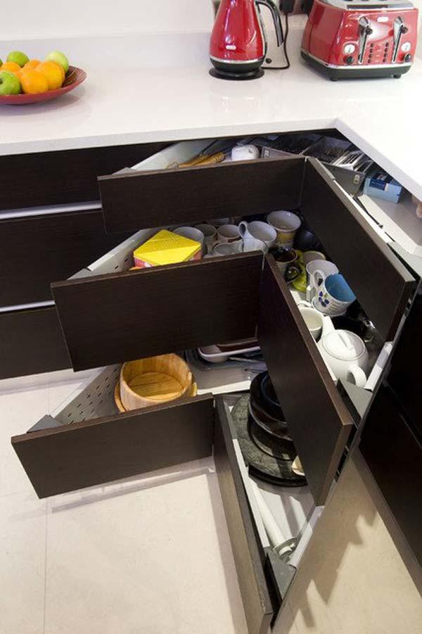 Guadagnare spazio in cucina 20 accessori salvaspazio per for Accessori in cucina