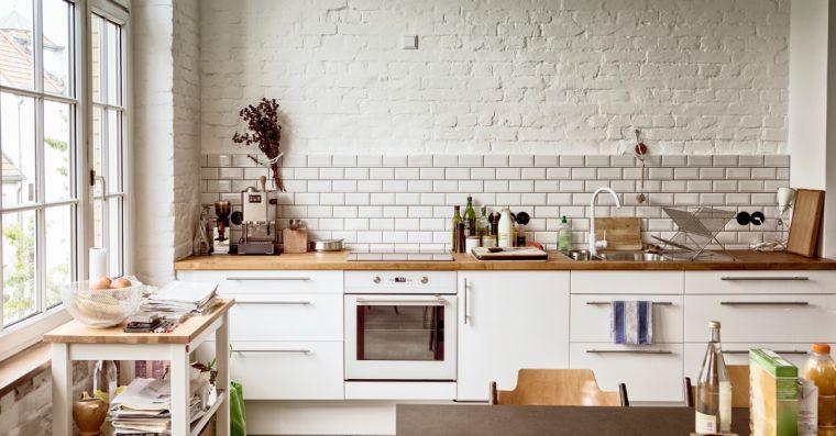 Mattoni a vista bianchi in cucina 20 bellissimi esempi da - Immagini piastrelle cucina ...