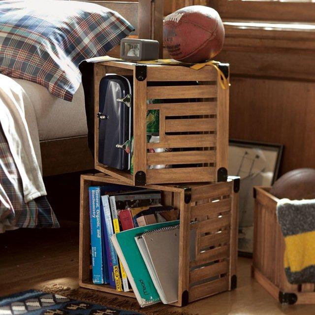 Arredare la camera da letto con le cassette di legno 20 for 20 piani di casa camera da letto