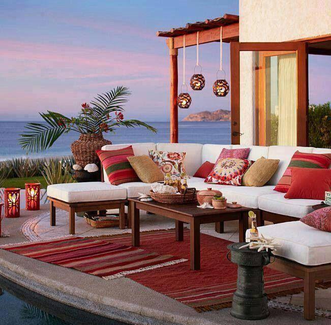 Arredare il terrazzo e il balcone ecco 10 stili a cui for Arredamento per terrazzo piccolo