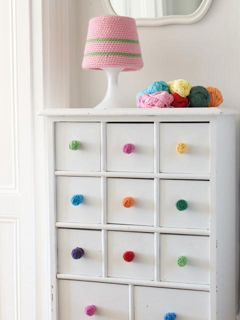 Maniglie e pomelli fai da te per mobili ecco 20 idee - Pomelli per mobili bambini ...