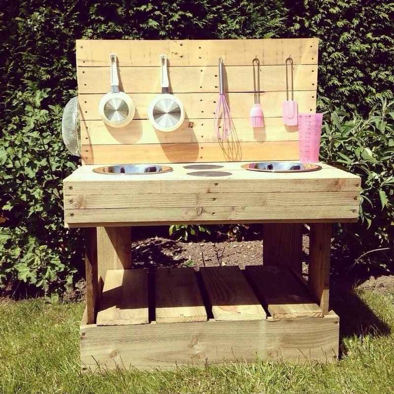 cr ations diy avec des palettes de bois pour les enfants 20 exemples. Black Bedroom Furniture Sets. Home Design Ideas