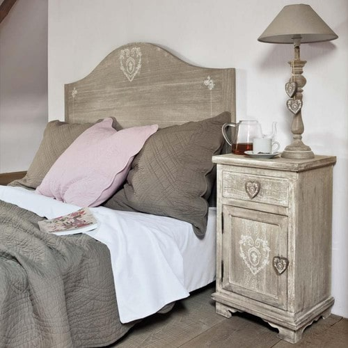 Shabby Chic Style Bedroom nightstand! 20 ideas to inspire you ...