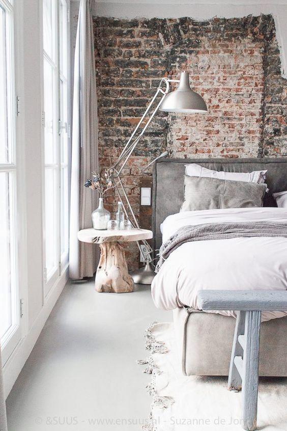 Ecco 20 idee strepitose per decorare la parete dietro al for Comodini grezzi da decorare