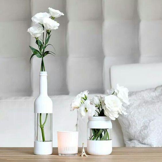 Recuperare una bottiglia di vetro per decorare casa
