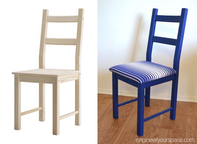 sedia ikea ivar verniciata di colore blu con cuscini rigati blu e bianco.
