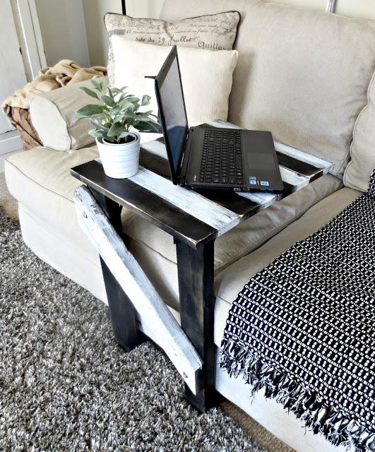 Un tavolino da divano fai da te per un vero momento di relax 13 idee - Tavolino da divano per pc ...