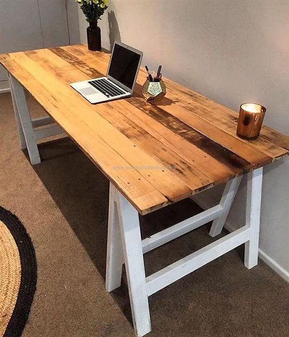Eccezionale Una scrivania fai da te semplice da realizzare! Ecco 15 idee  IP84