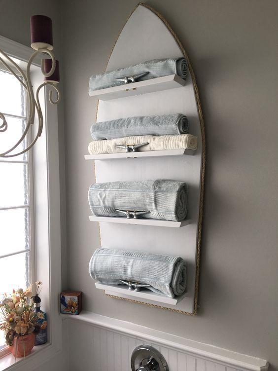Beach Wood Towel Rack