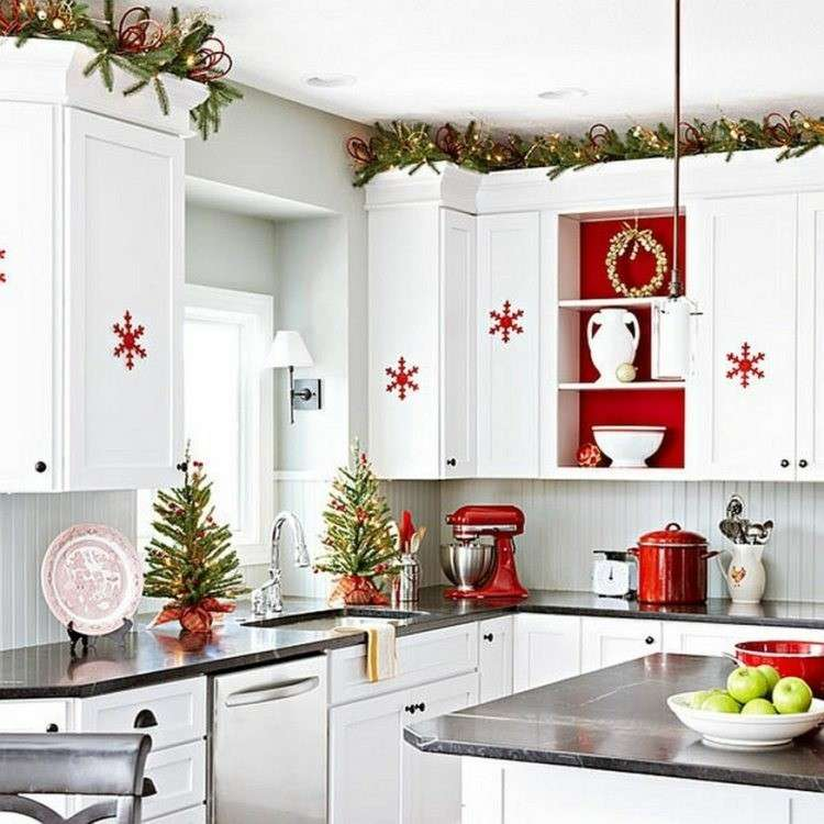 Una decorazione natalizia in cucina ecco 20 idee per - Decorare la cucina ...