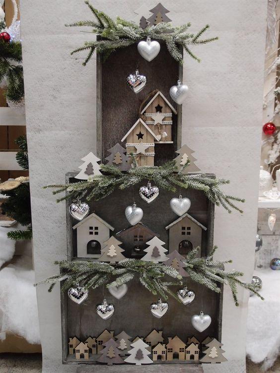Decorazioni natalizie con cassette di legno 15 idee per - Creare decorazioni natalizie ...
