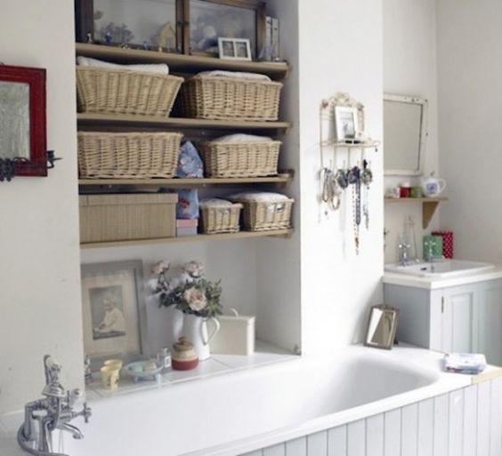 Mensole salvaspazio in bagno ecco 20 idee da cui trarre - Soluzioni salvaspazio bagno ...