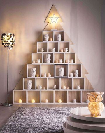 un albero di natale con le cassette di legno 11 idee a. Black Bedroom Furniture Sets. Home Design Ideas
