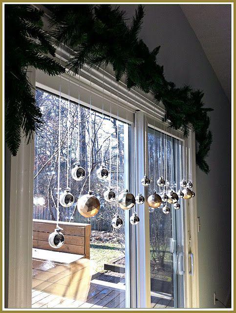 Decorare le finestre per natale ecco 15 idee bellissime for Finestre shop