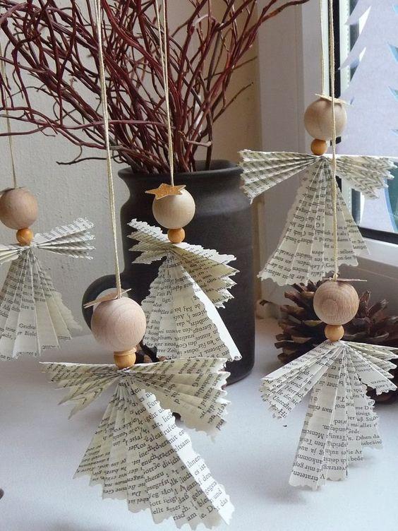Decorazioni natalizie fai da te con la carta