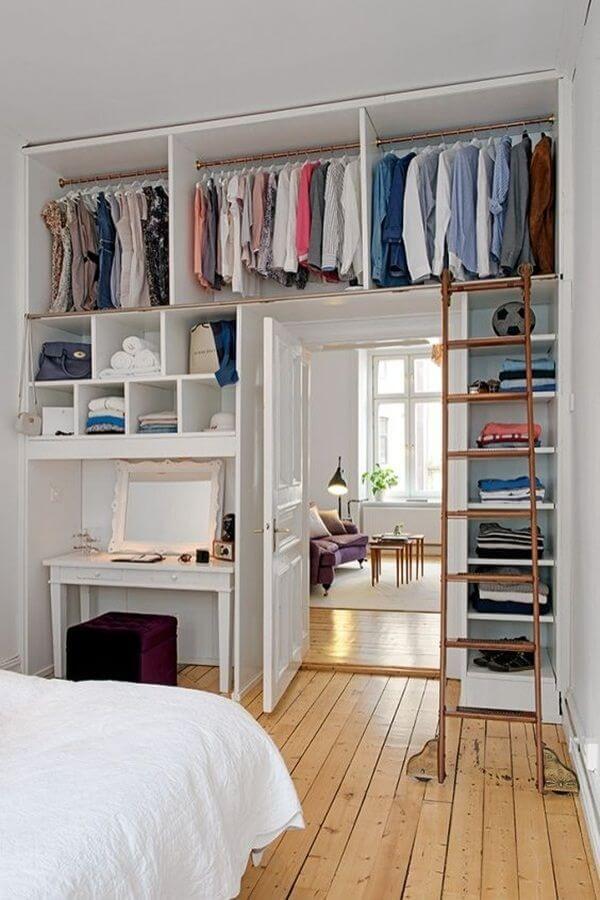 Fremlægge en lille soveværelse! Her er 15 pladsbesparende ideer...