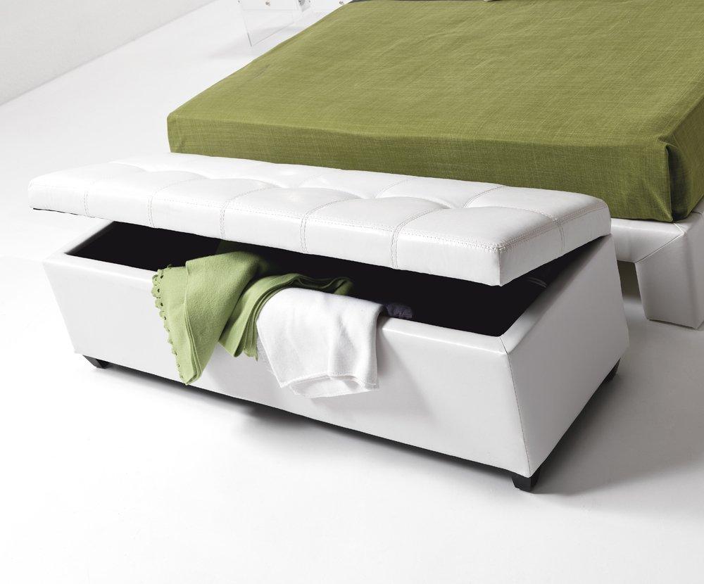 Tenere in ordine la camera da letto ecco 15 accessori for Cassapanca imbottita ikea