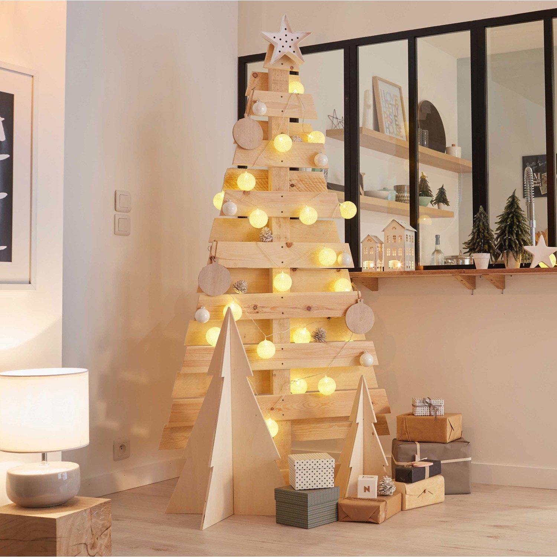 un albero di natale in legno eccone 15 bellissimi ispiratevi. Black Bedroom Furniture Sets. Home Design Ideas