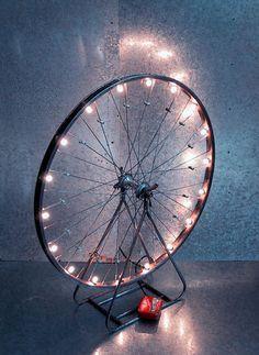 Riciclare le ruote della vecchia bicicletta