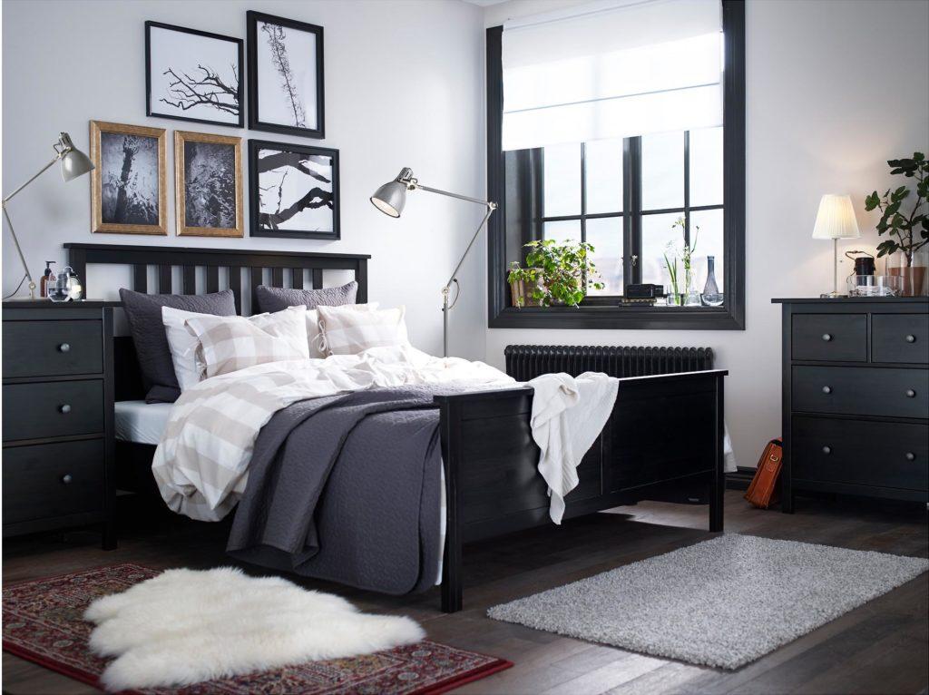 Camera da letto bianca e nera