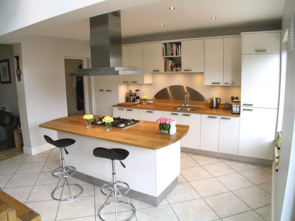 cucina bianca e rovere