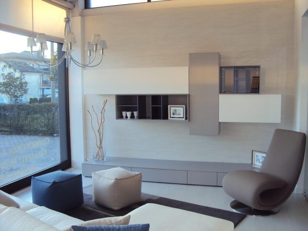 Beautiful soggiorno bianco images idee arredamento casa for Arredamento casa bianco