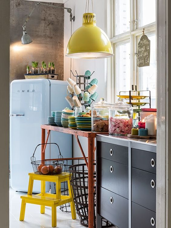Stile retr in cucina ecco 20 idee da cui trarre - Cucina stile vintage ...