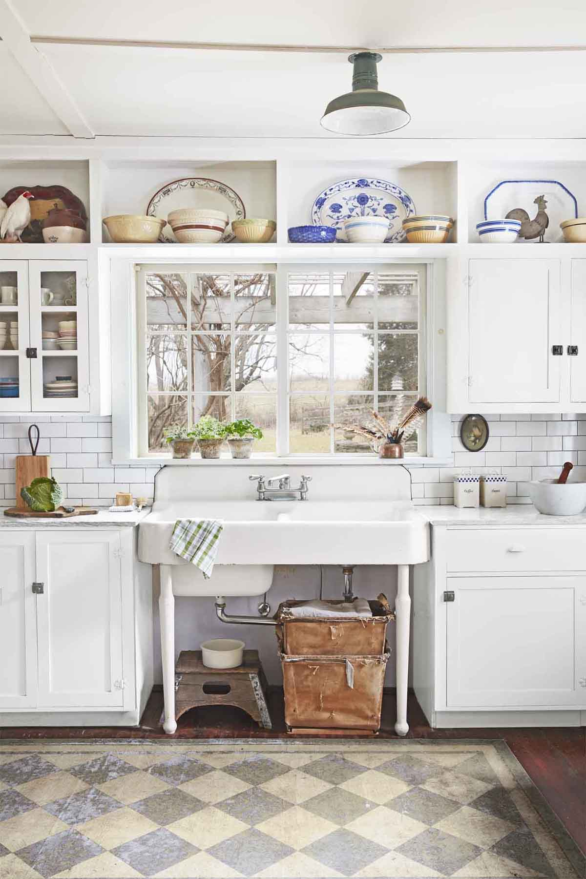 Una cucina stile vintage date un 39 occhiata a queste 20 for Cucina in stile ranch