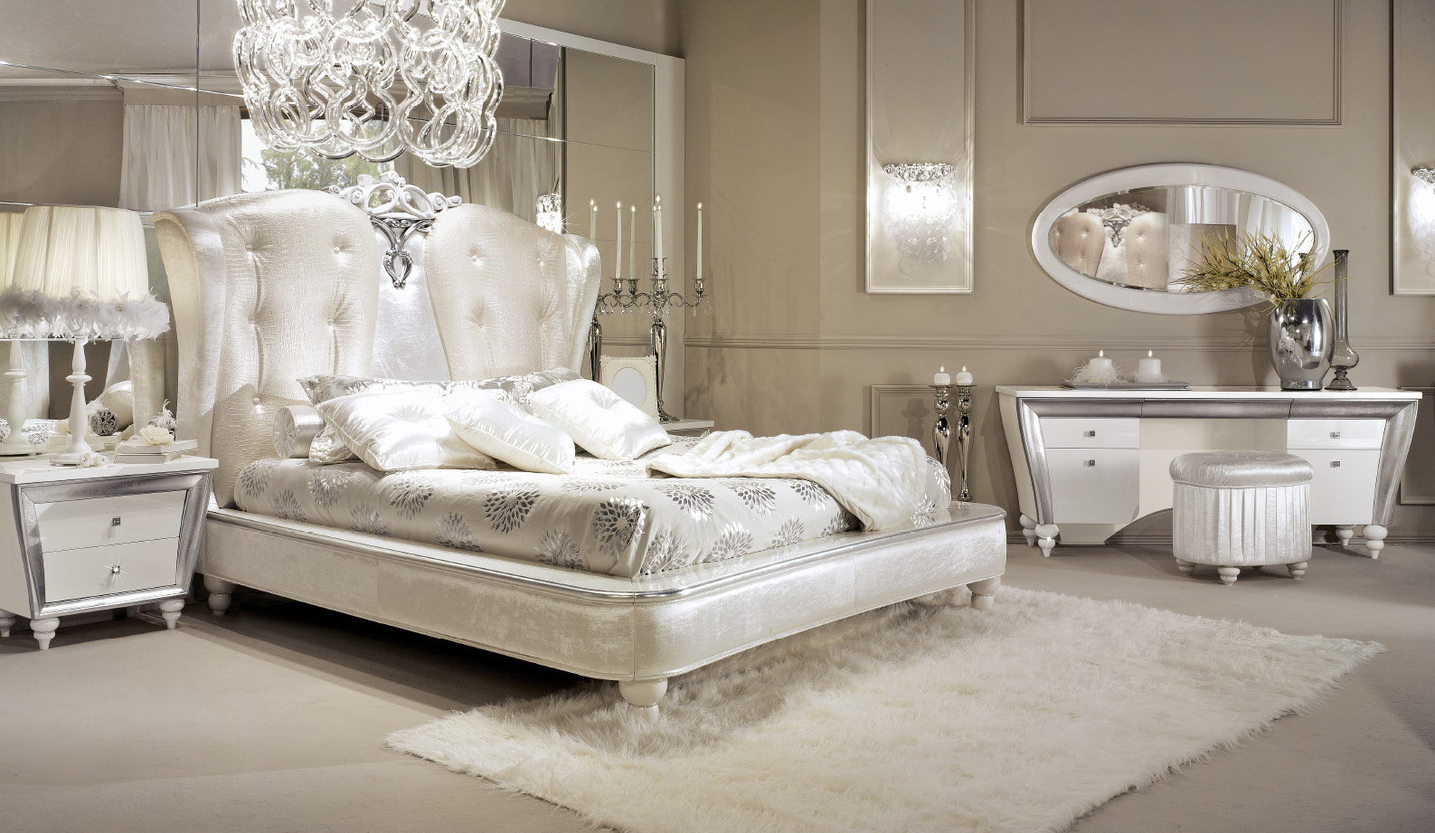 Camere Da Letto Bianche : Camera da letto bianca e argento ecco idee che vi stupiranno