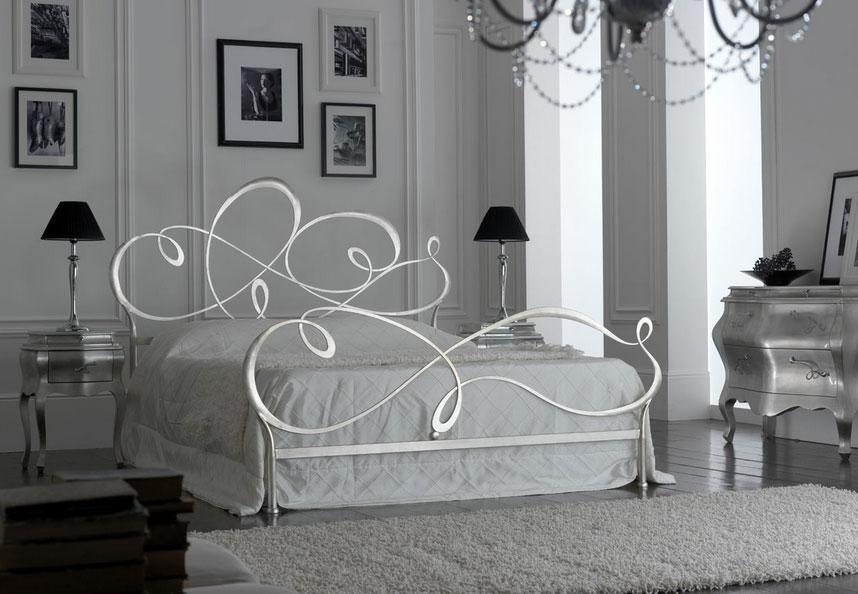 Camera da letto bianca e argento ecco 15 idee che vi - Camere da letto ferro battuto ...