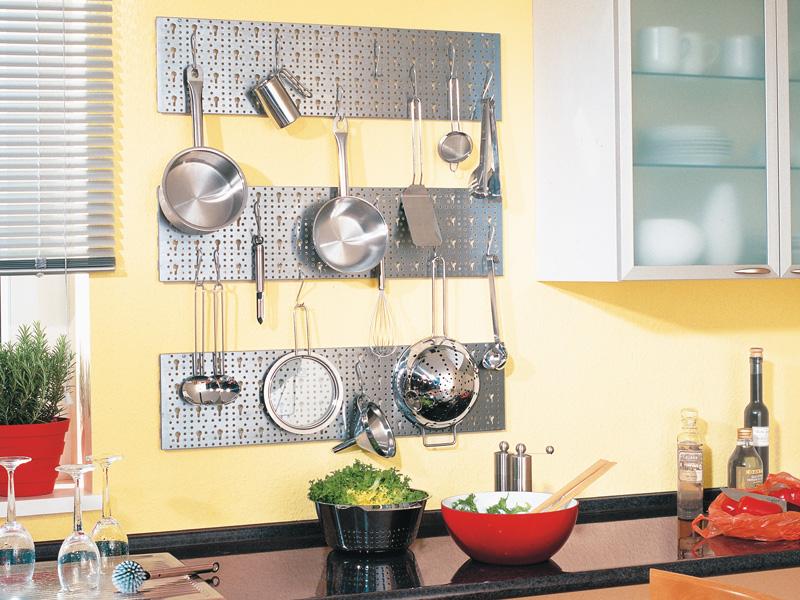 Portautensili fai da te per la cucina ecco 15 idee per for Attrezzi per la cucina