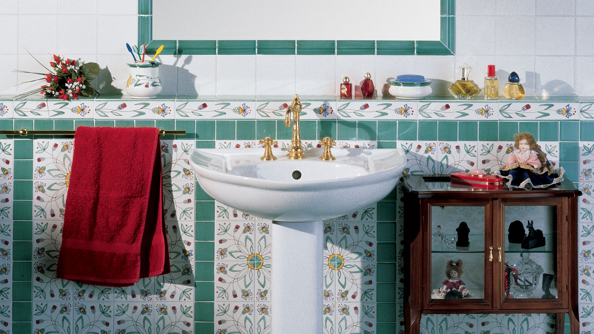 Piastrelle Arancioni Per Bagno valorizzare il bagno con le piastrelle: ecco 15 idee a cui