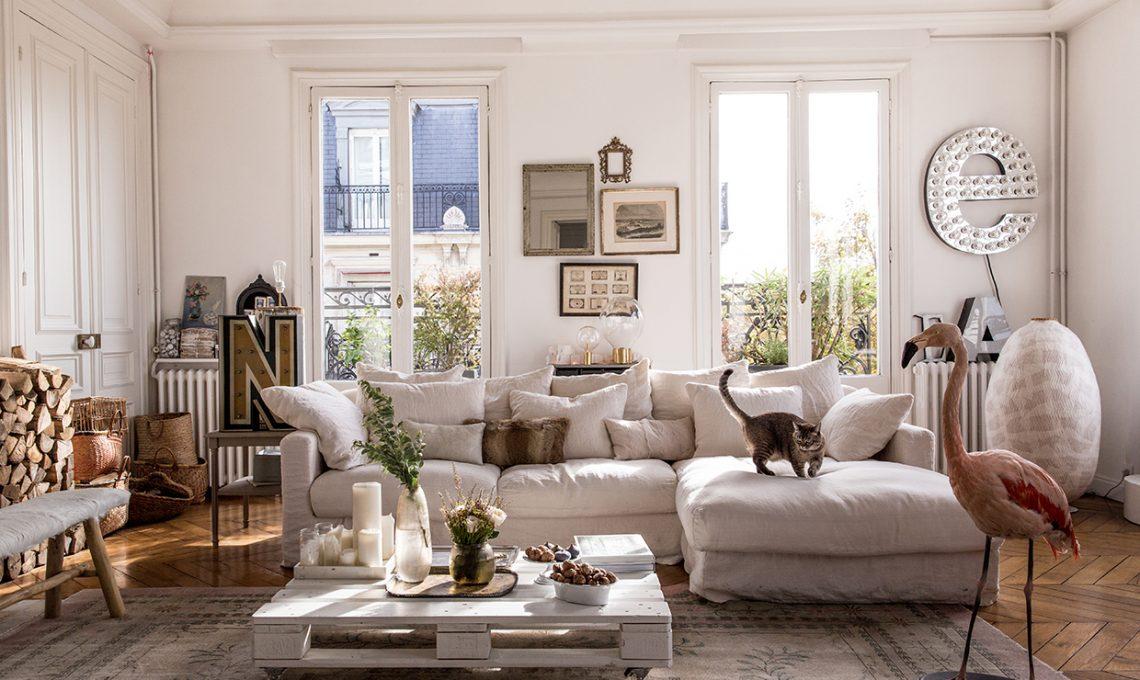 Abbinare un divano bianco con stile 15 idee versatili che for Arredamento classico casa