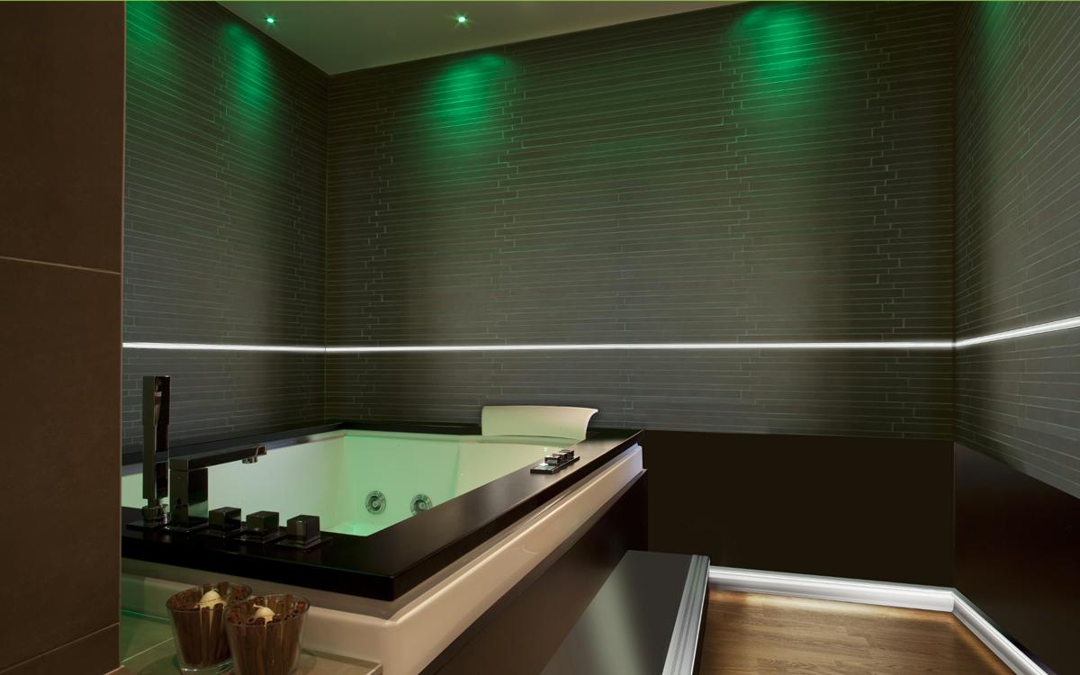 Illuminare casa in modo creativo ecco 15 idee favolose da copiare - Ikea illuminazione bagno ...