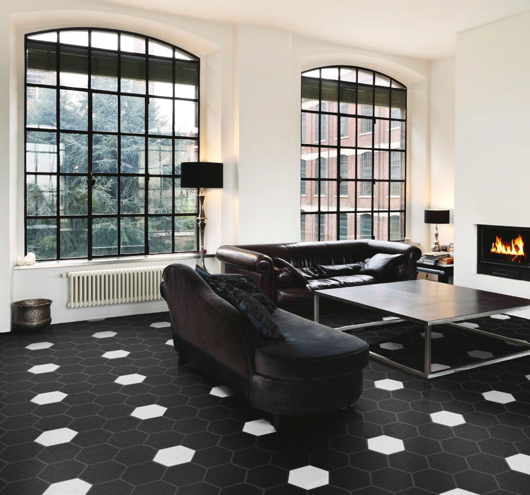 Pavimenti bianchi e neri in soggiorno 15 idee a cui for Pavimento bianco e nero