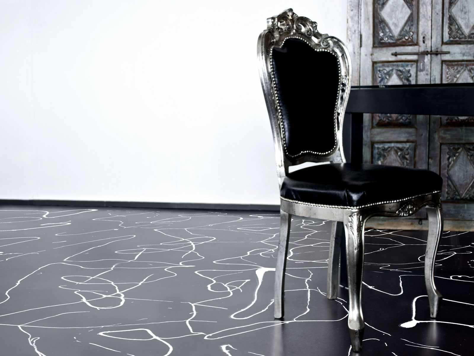 Pavimenti bianchi e neri in soggiorno 15 idee a cui for Pavimenti 3d prezzi