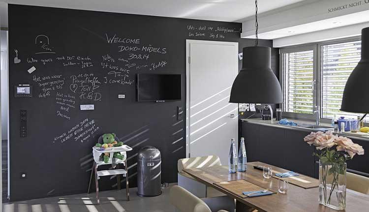 Pitture decorative sulle pareti di casa 15 idee da non - Pittura pareti cucina ...