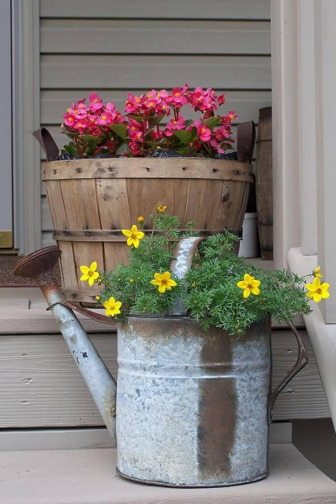 Decorare il portico con una bella fioriera fai da te 24 for Idee portico florida