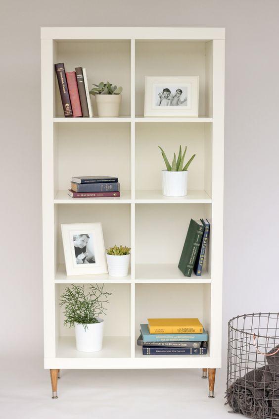 scaffali kallax ikea ecco 15 idee per usarli in maniera creativa. Black Bedroom Furniture Sets. Home Design Ideas