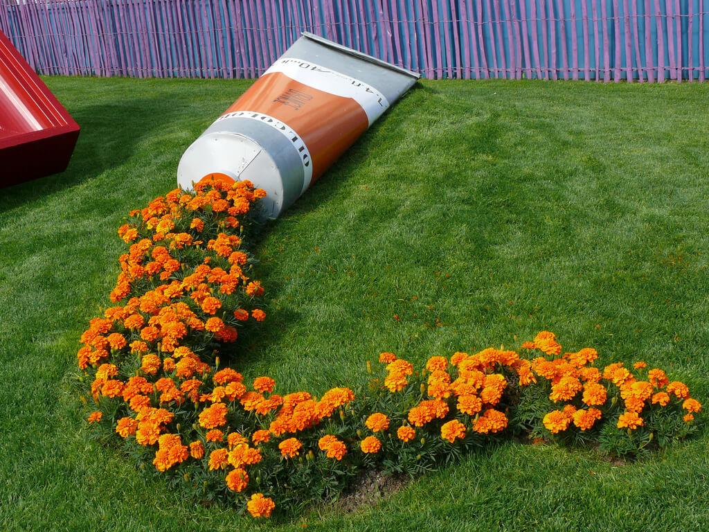 Idee Per Vasi Da Fiori un vaso di fiori originale in giardino! 13 fantastiche idee