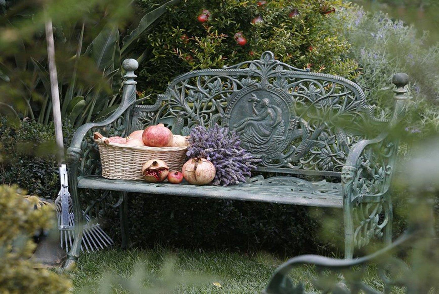 Come arredare il giardino in stile country