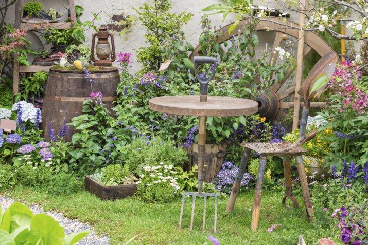 Come arredare il giardino in stile country 15 idee che vi for Idee per il giardino piccolo