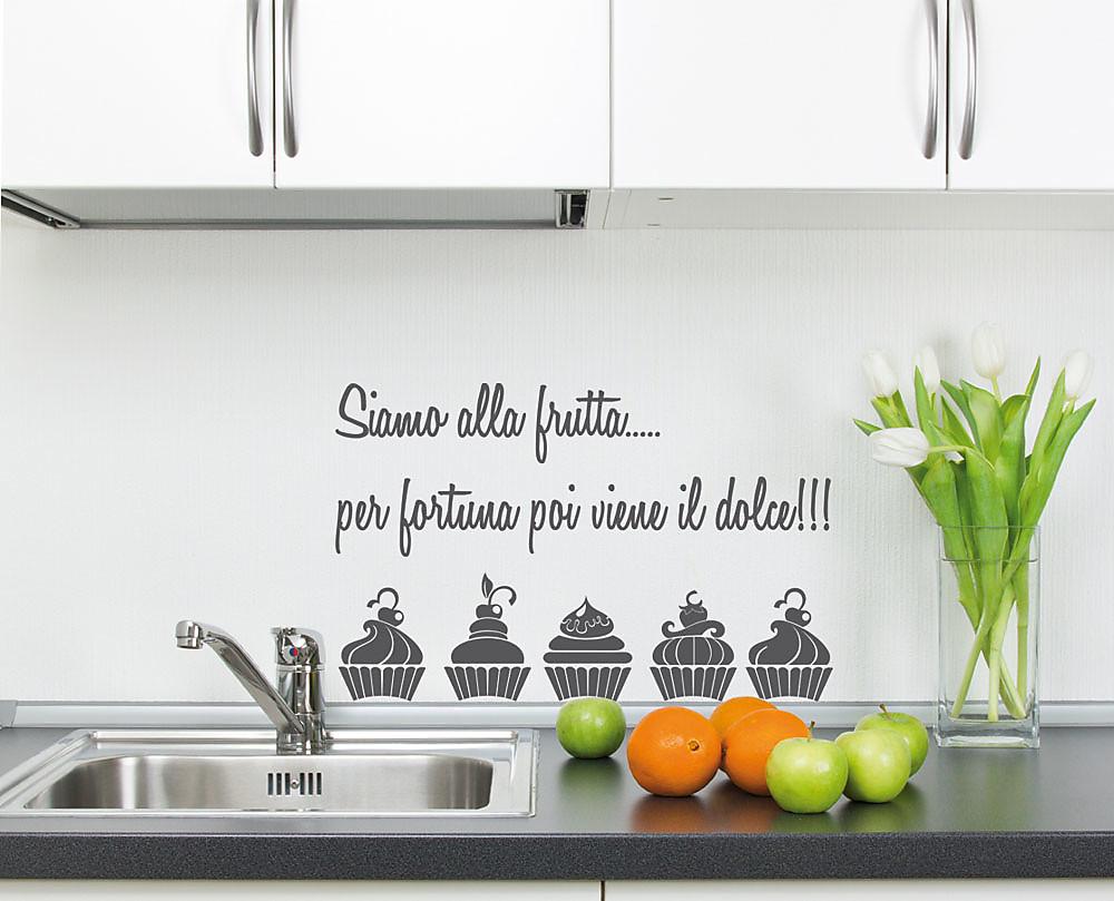 Decorazioni adesive per la cucina 15 idee che amerete for Scritte adesive cucina