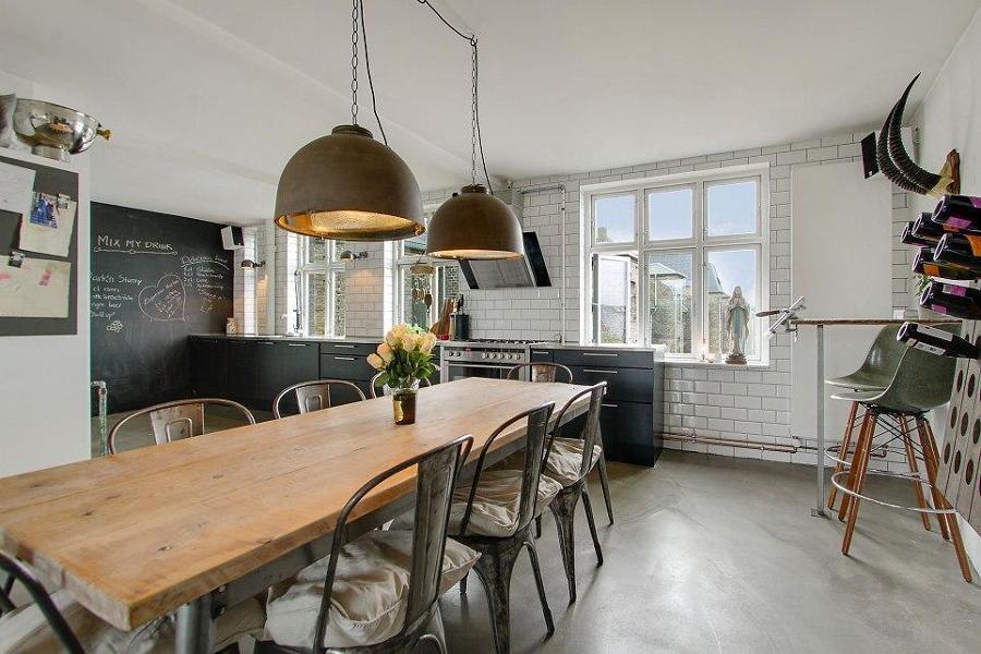 Tavolo Stile Industriale : La sala da pranzo industriale: ecco 15 idee per ispirarvi!