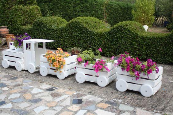 d co jardin originale avec des fleurs 15 id es pour inspirer. Black Bedroom Furniture Sets. Home Design Ideas
