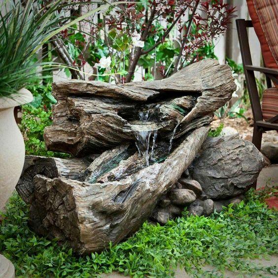 Fontane in legno 15 idee per una fontanella fai da te in giardino - Fontane fai da te per giardino ...