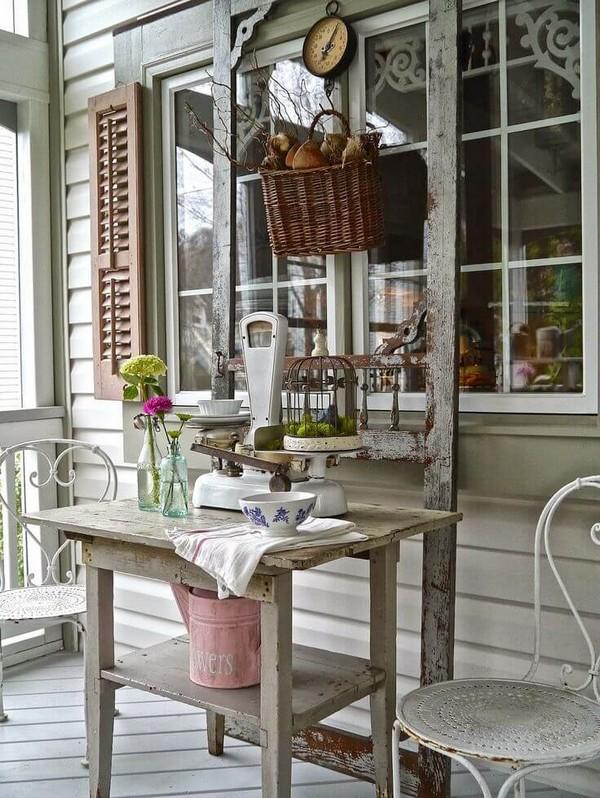 Abbellire il portico di casa con un tocco rustico 15 for Colonne di portico di casa